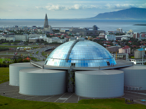 Iceland's 'Pearl' sits atop tanks that store geothermally heated water